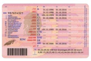 Autoverzekering afsluiten met buitenlands rijbewijs